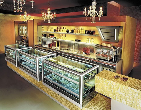Need for all showcase ifi showcase total view for Grandi case cabinate